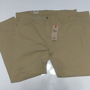 NWT Levi's 502 Regular Taper Khakis